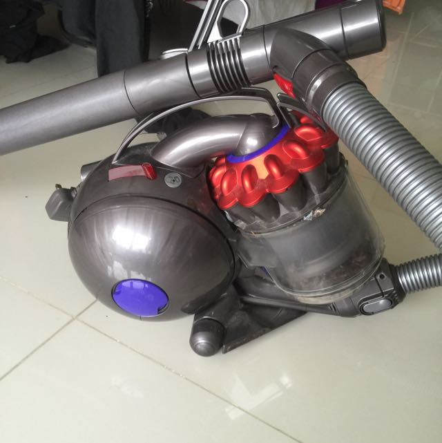 Dyson DC38 Vacuum cleaner