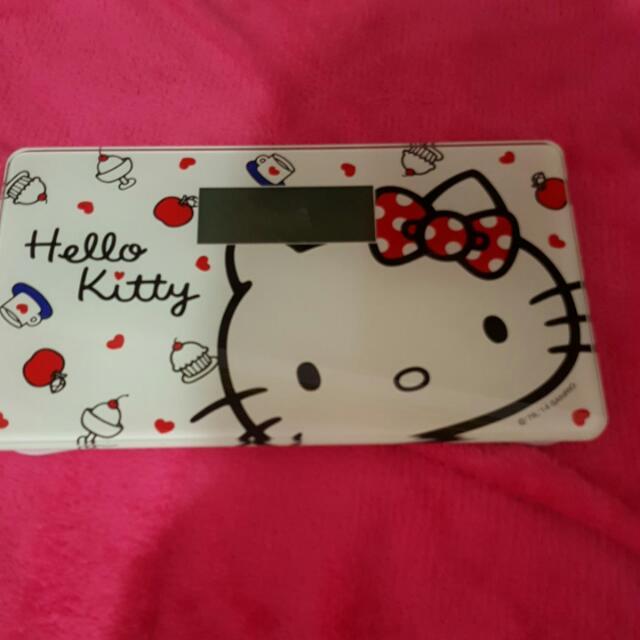 Hello Kitty 體重計