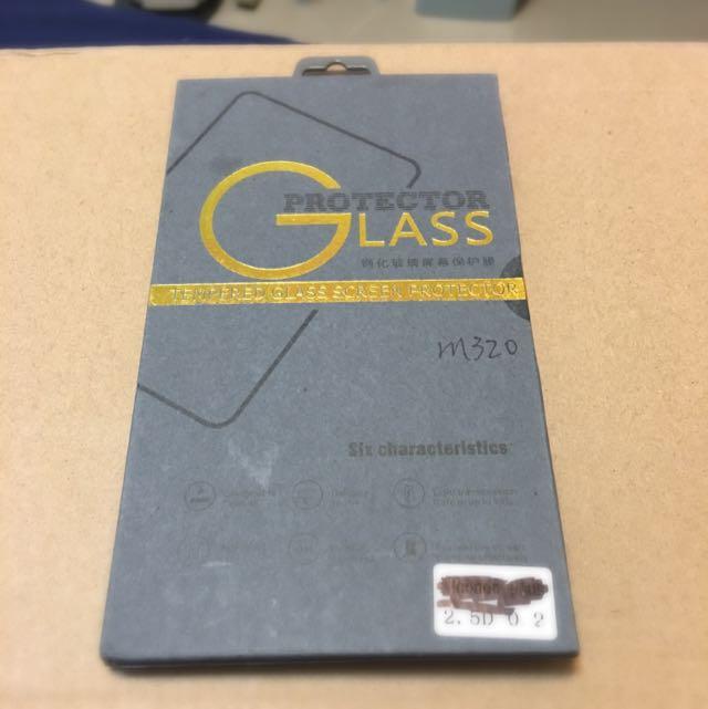 InFocus M320 鋼化玻璃貼