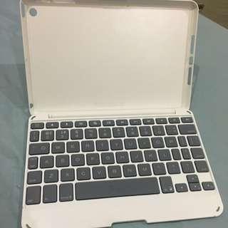 Almost New ZAGG iPad Mini Bluetooth Keyboard