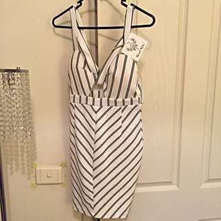 Brand New With Tags Midi Dress Size 8