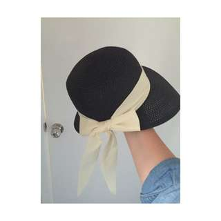 Black Vintage Hat With Bow Detail