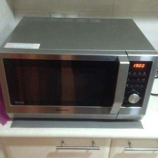 Microwave and oven combi