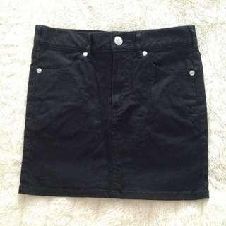 Uniqlo Black Mini Skirt