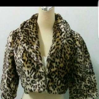 🚚 👘豹紋寬袖短版外套