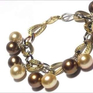 Berdori south Sea Golden Pearl (pinctada Maxima)