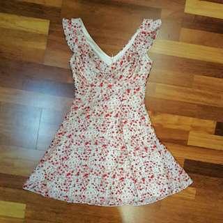 Review Floral Dress Size 6