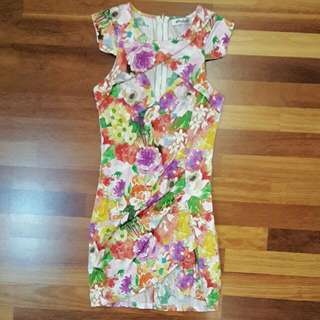 Blockout Body-fitting Floral Dress
