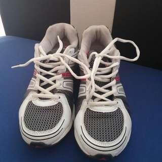 Dunlop Sports Shoe