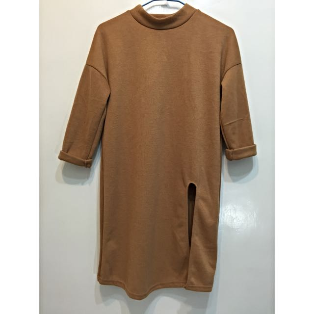 超顯瘦✨圓領開衩長版針織上衣