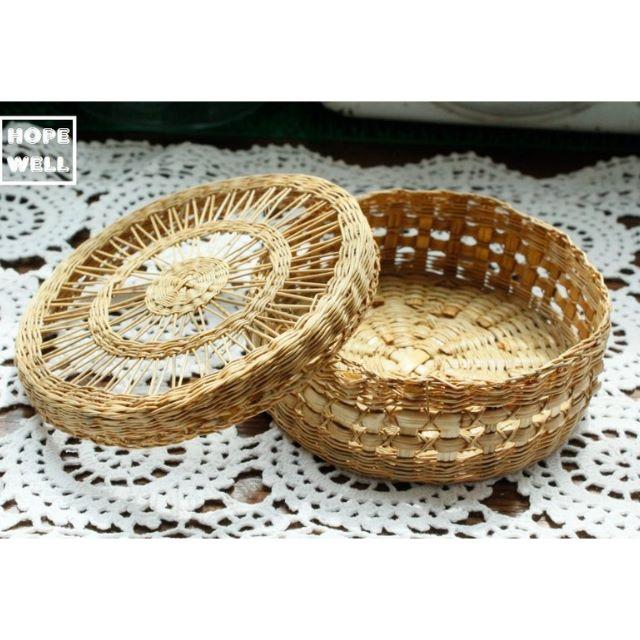 海島風 手工 小籐籃,藤編收納盒 $380。紐西蘭帶回