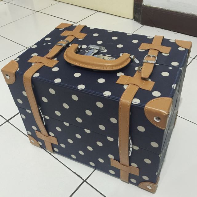 Beauty Box Size Medium Condition 85%
