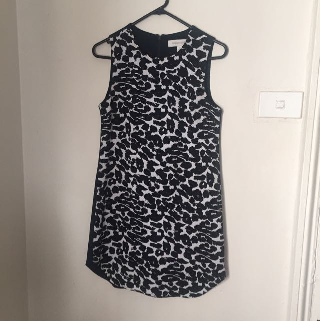 Finders Keepers Snow Leopard Shift Dress Xs