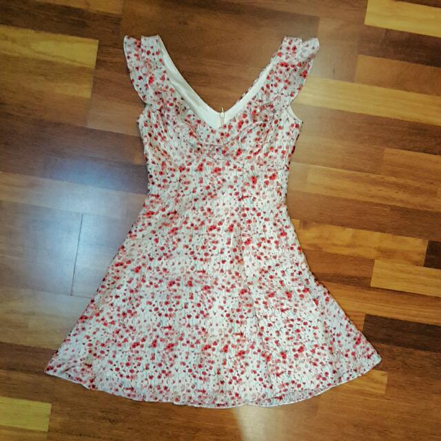 Review Floral Dress Size 6