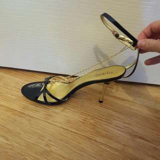 Guess Strappy Chain Heel Size 7
