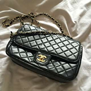Faux Chanel Quilted Handbag - sold Pending Payment.