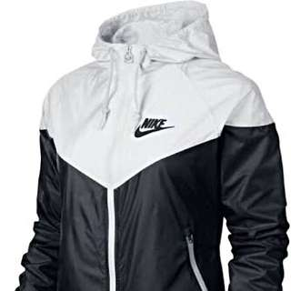 Nike windrunner - ON HOLD
