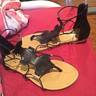 Size 8 Nice Going Out Sandals :))