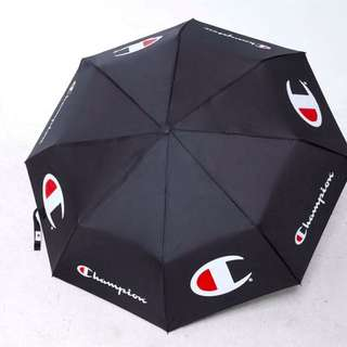 正Champion Classic Big C 摺疊傘 聯名 logo 時尚 雨傘 黑 現貨