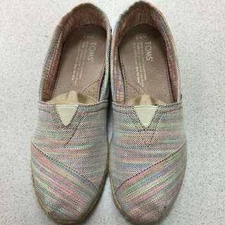 TOMS平底鞋