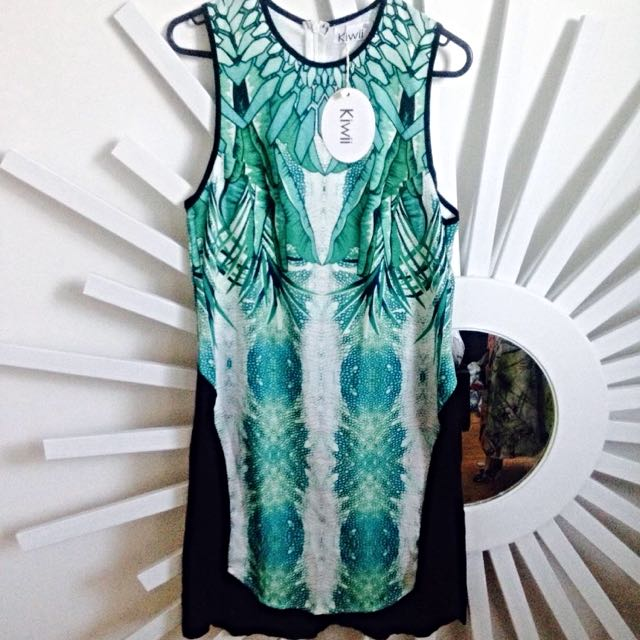 Bnwt Kiwi Shift Dress Size 8