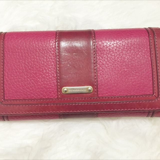 Burberry Wallet (authentic)