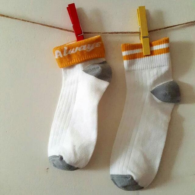 【TripleC 現貨】韓版 可折兩條槓短襪