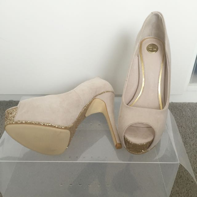 ZU Beige Shoes New
