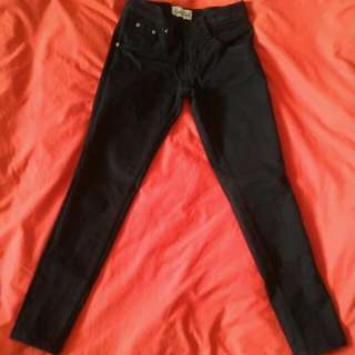 Denim n' Patch Basic Jeans Black