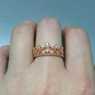 18K玫瑰金皇冠鑽石戒指…店原售價$3580,有原包裝盒