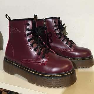 現貨-厚底8孔馬丁靴