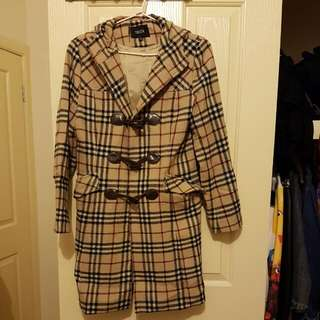 Womans Burbury Look Coat With Hood Size M