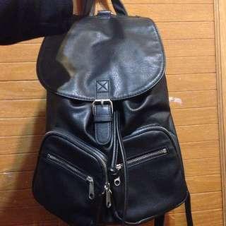 H&M。後背包