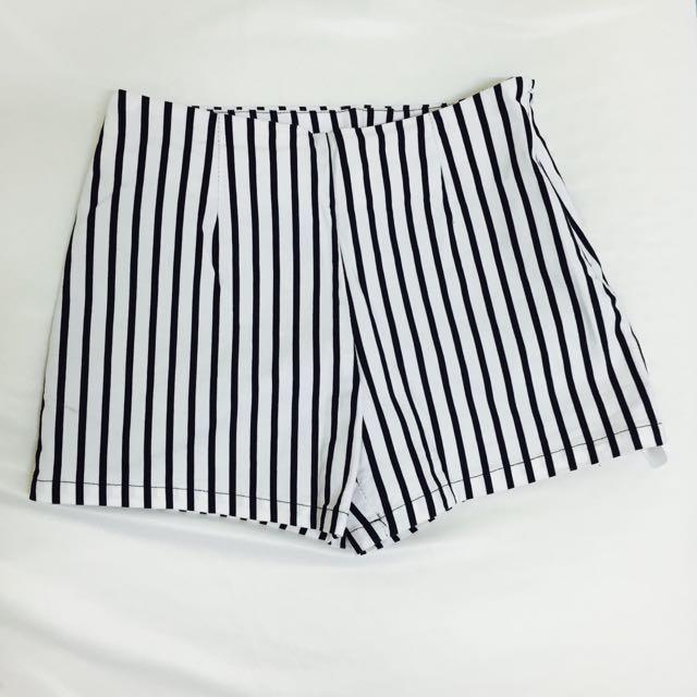 全新❤️歐美直條紋短褲