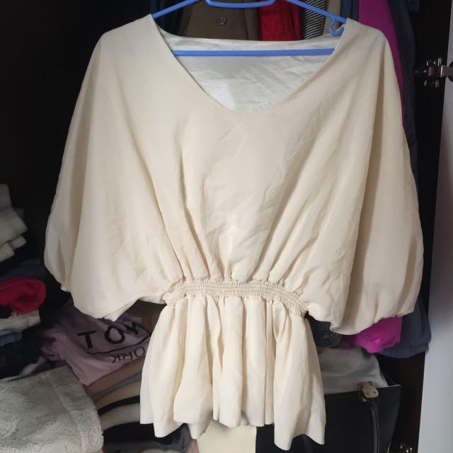 米白色蝙蝠袖修腰遮肚上衣 #20蚊完美打扮