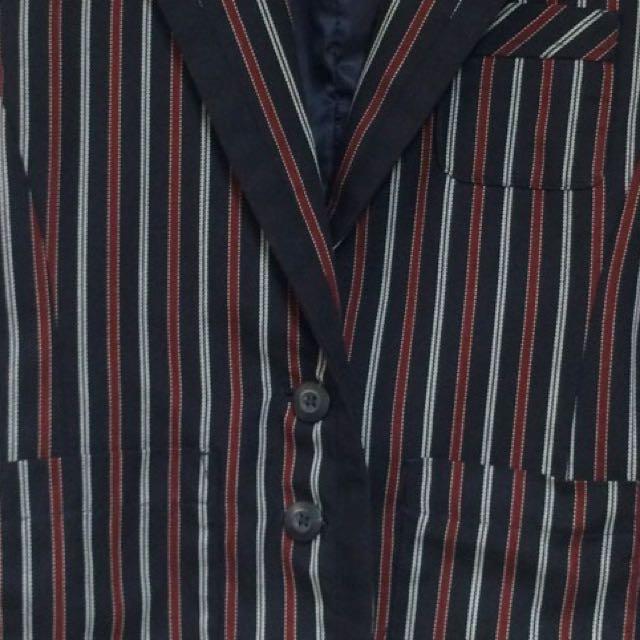 ::紅藍白與條紋::日系七分袖西裝外套