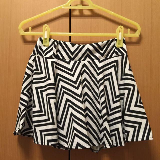 全新條紋裙褲