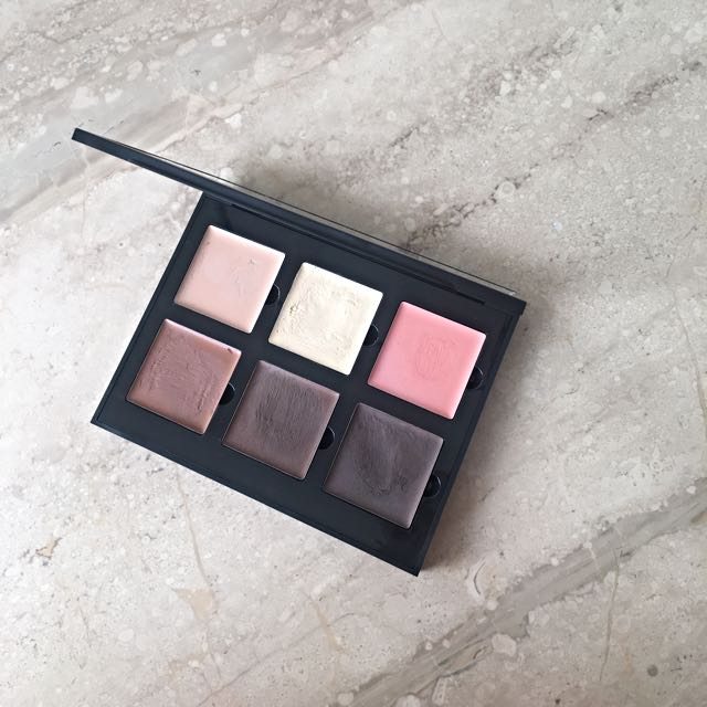 Anastasia Beverly Hills Medium Contour Cream