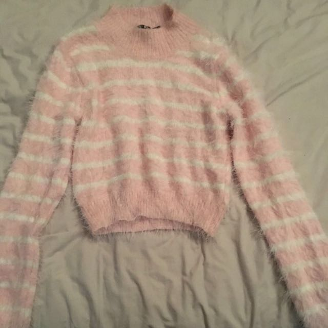 Baby Pink Knit Crop Size S