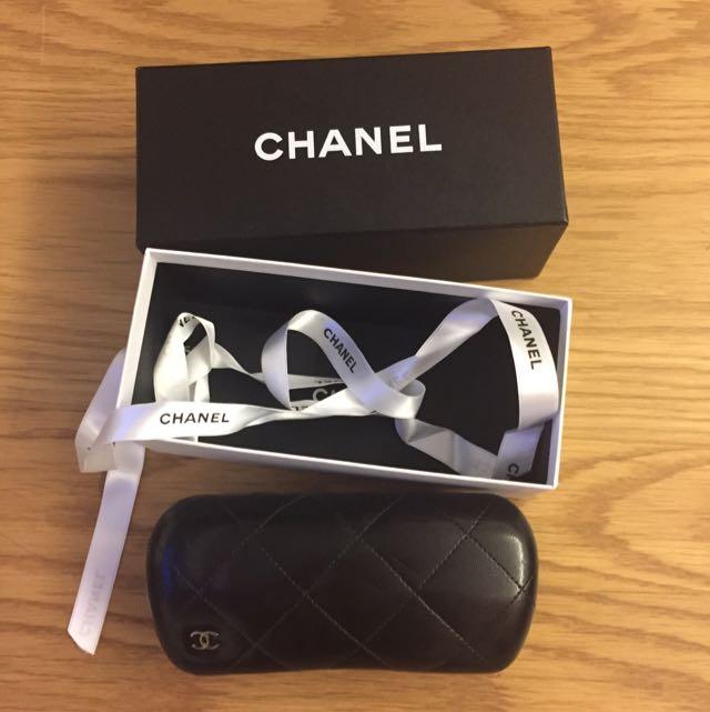 Chanel原廠專櫃菱格紋眼鏡盒