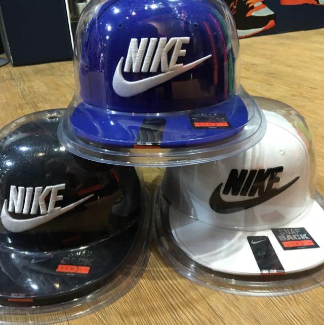NIKE版帽 黑白藍 帽子控的快來800郵寄