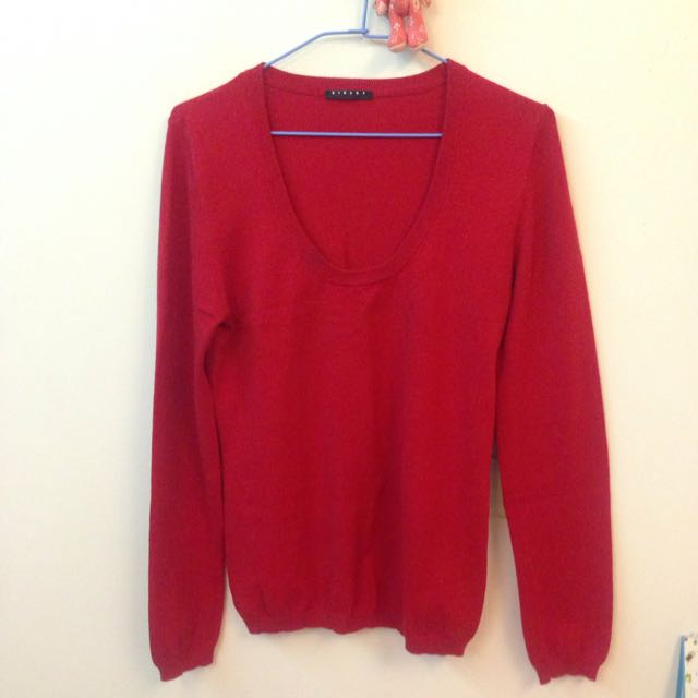 Sisley紅色圓領針織衫