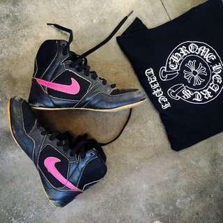 Vintage Nike Female Boxing Shoe