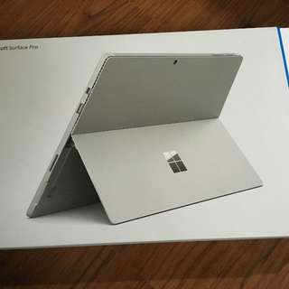 Microsoft Pro Surface 4 - i5 / 256 gb SSD with keyboard