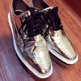 (含運)正韓❤️銀色漆皮超質感厚底鞋