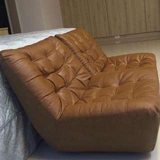 半牛皮沙發椅