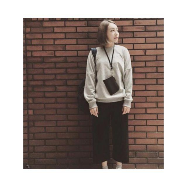 壹玖手工   簡約手機掛頸包 (19design)優質等級合成皮革