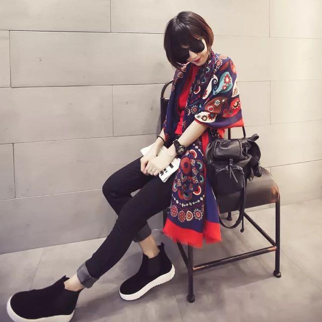 ☆Aly Look☆ (現貨)民族風紅藍撞色超大棉質防曬披肩復古超長圍巾