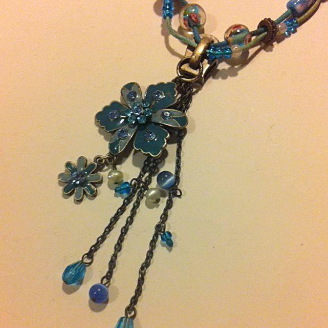 Necklace Floral Zipper