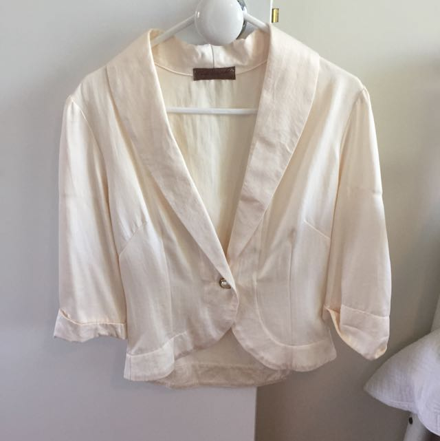 SMALL SATEEN OCCASION JACKET